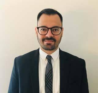 Miguel Martinez, Abogado de inmigración